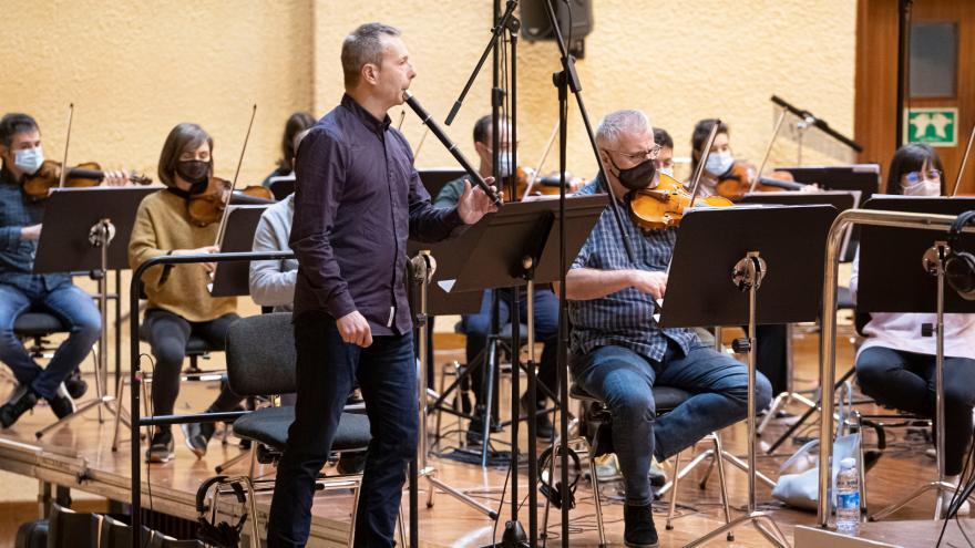 Garikoitz Mendizabal Euskadiko Orkestrarekin (Argazkia: Juantxo Egaña)