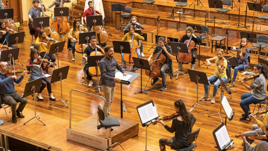 Euskadiko Orkestrak eta Musikenek orkestra bakarra osatuko dute aparteko kontzertu baterako